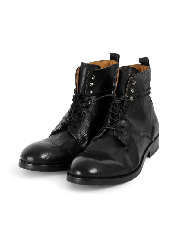 Mens Yew Leather Black Boot Three Quarter