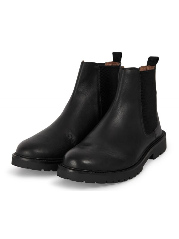 Mens Webber Black Chelsea Boot Three quarter