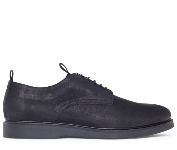 Barnstable Oiled Suede Black Shoe