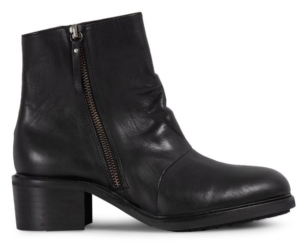 Womens Pris Black Zip Boot Side